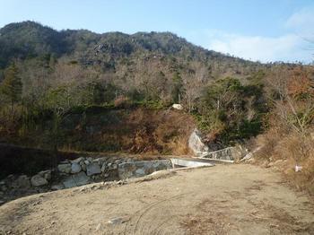 03P1030525コンクリート橋.JPG