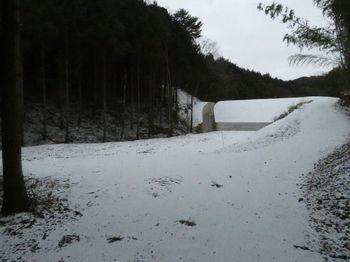 IMG_4301林道出合い・土堰堤.JPG