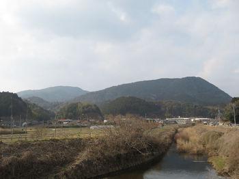 IMG_4957助行橋付近より谷山・天竺.JPG