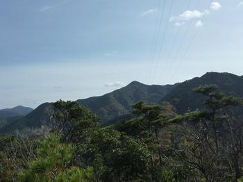 P1010022NO.88鉄塔付近から鉄割山.JPG