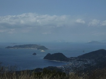 P1010258山頂展望(甲山・浮島).JPG
