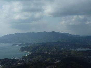 P1010259山頂展望(嵩山方面).JPG