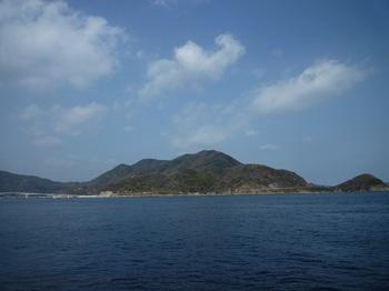 P1010339浜から佐連山.JPG