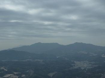 P1010511展望地から琴石山、三ヶ岳.JPG