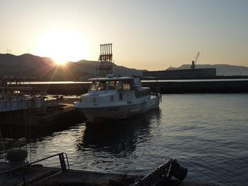 P1010544尾津漁港・ましま丸.JPG