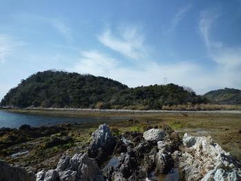 P1010616刎島から大塩山.JPG