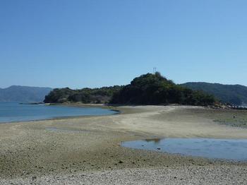 P1010619刎島をつなぐ砂州.JPG