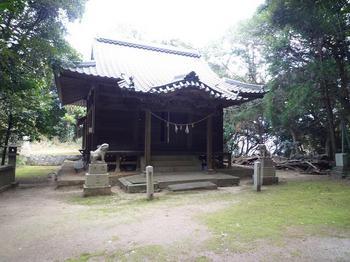 P1010625八幡宮.JPG