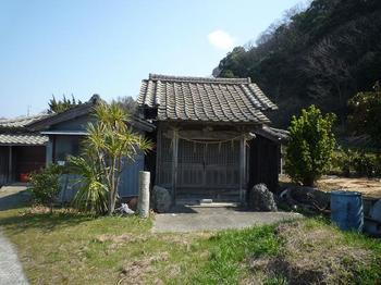 P1010665神社.JPG