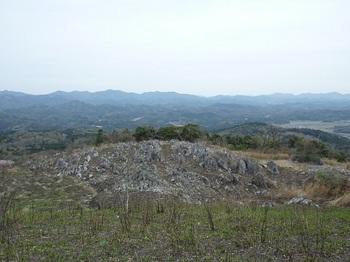 P1010867山頂側から出口方向.JPG