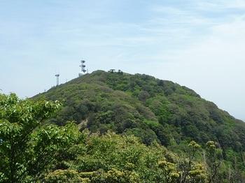 P1020147670mピークから華山山頂.JPG