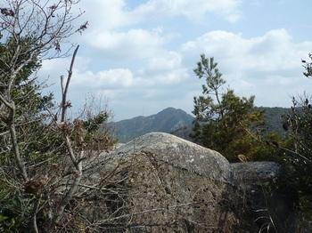 P1040204第ニ展望地(岩).JPG