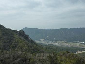 P1040512右田ヶ岳・三谷山.JPG