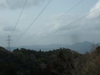 P1040681鉄塔No53からNo.54方向(真田ヶ岳・蕎麦ヶ岳.JPG