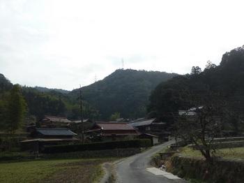 P1040717兵瀬集落から松尾山方向.JPG