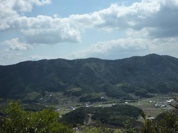 P1050011三角点手前の展望(飛松山から串原山).JPG