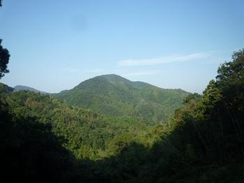 P1060725白水山と南西峰.JPG