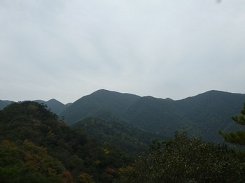P1070008(603m峰、509.6m峰).JPG