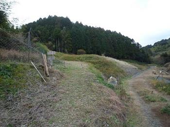 P1070307登山口(逆方向).JPG