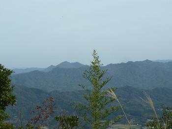 P1090054山頂展望(真田ヶ岳、蕎麦ヶ岳).JPG