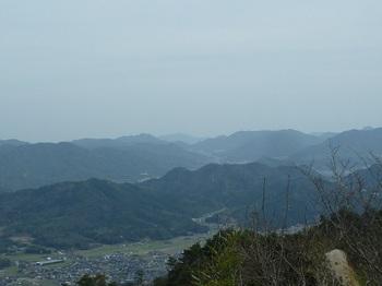 P1090055粟ヶ岳・西方便山、右田ヶ岳.JPG