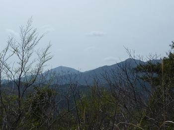 P1090057西・東鳳翩山.JPG
