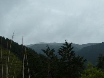 P1090925ピークから天井ヶ岳.JPG