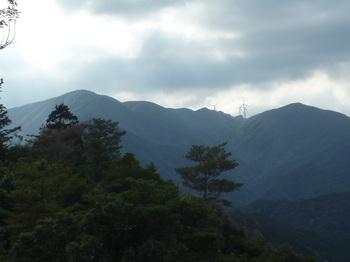 P1120807天井ヶ岳・白滝山.JPG