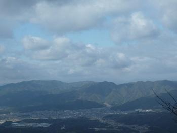 P1130195三角点から物見ヶ岳・蓮華山.JPG