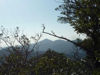 P1130423樹間展望(一位ヶ岳).JPG