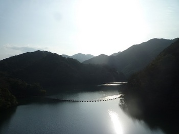 P1130502赤滝湖・九卒塔婆山(右).JPG