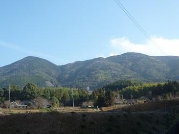 P1130505西麓より高照寺山.JPG