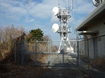 P1130568無線中継所.JPG