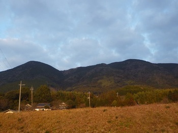 P1130625西麓から高照寺山.JPG