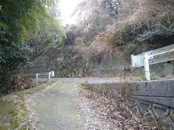 P1130872舗装新道.JPG