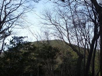 P1140190前方に高照寺山.JPG