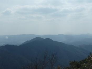 P1140856谷山など.JPG