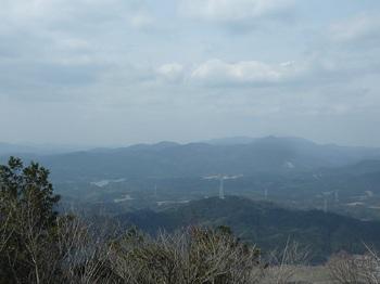 P1140857豊田湖・西山・一位ヶ岳など.JPG