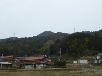P1140908下田代集落から山頂.JPG