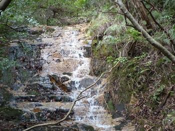 P1150017ナメ滝が続く.JPG