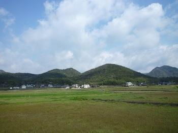 P1150353玉祖神社付近からすくも山・トヒガ嶽.JPG