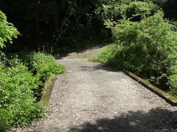 P1160205林道入口のコンクリート橋.JPG