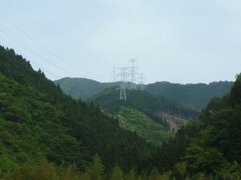 P1160594奈良原集落から鉄塔尾根を望む.JPG