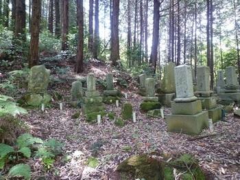 P1160773墓地.JPG