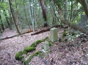 P1170264下村家の墓.JPG