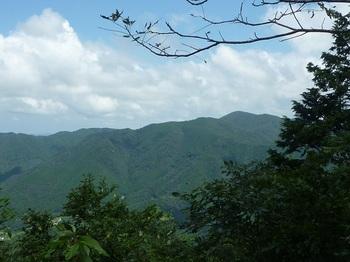 P1170779展望地から男岳.JPG
