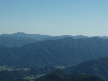 P1180741石ヶ岳・下深山.JPG