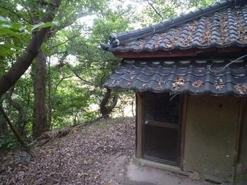 P1180979神社西側.JPG