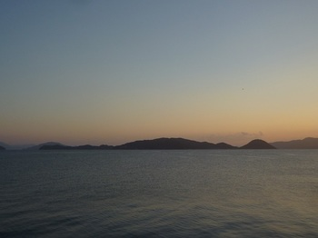 P1190604浮島(周防長浜から).JPG