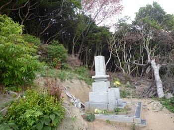 P1190808墓地東側最上部の取り付き.JPG